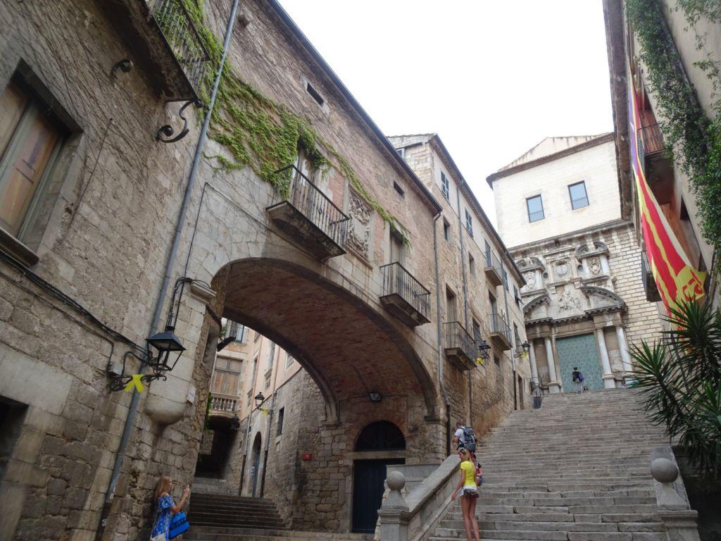 Gérone en famille : chasse au trésor dans la vieille ville