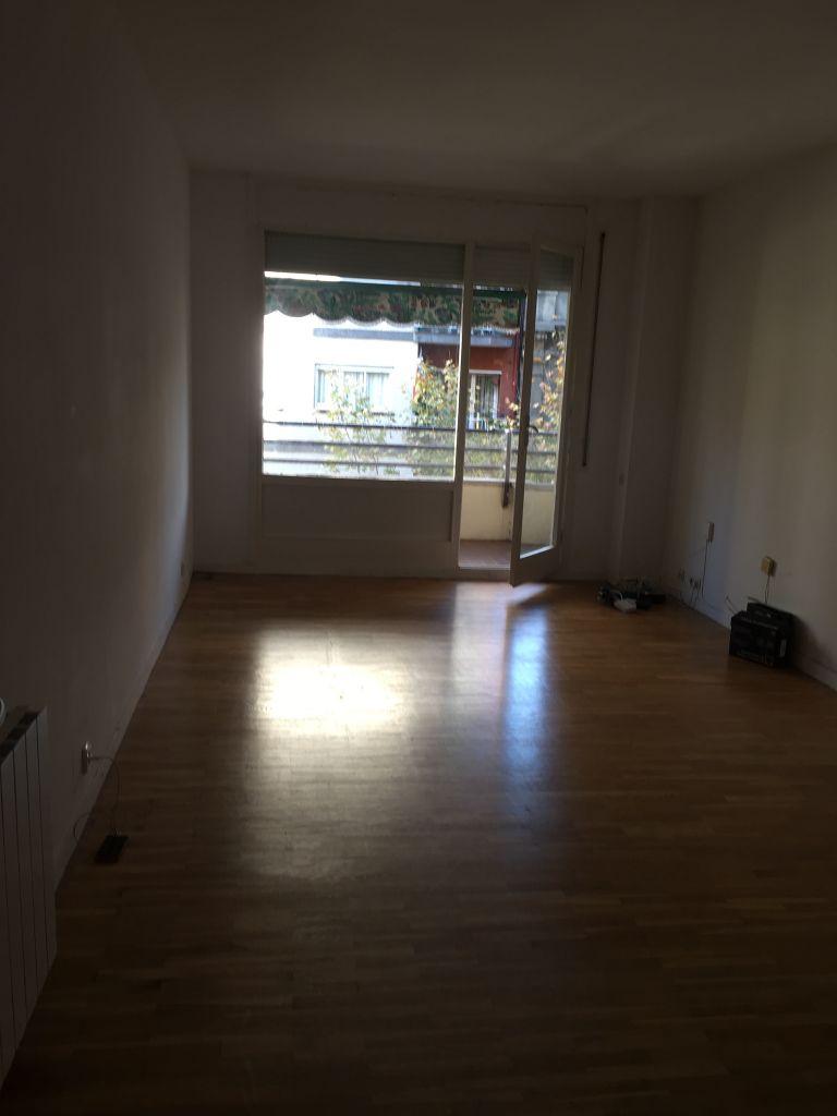 Appartement à Barcelone : déménager en 1 mois ?
