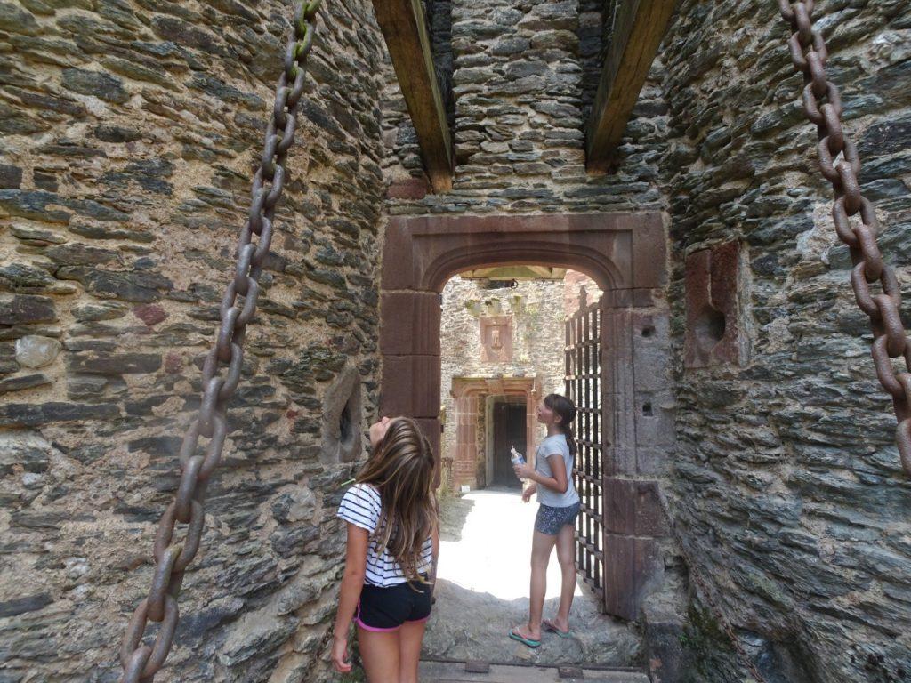 Aveyron en famille Belcastel