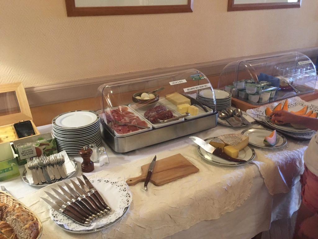 Aveyron en famille Petit déjeuner