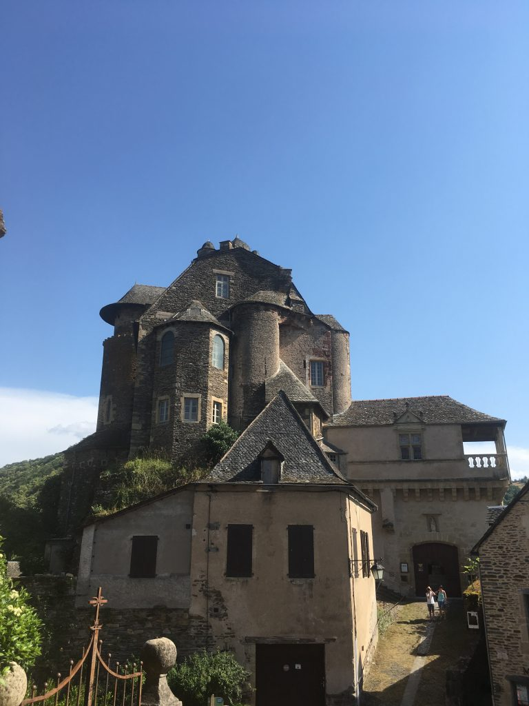Aveyron en famille Estaing