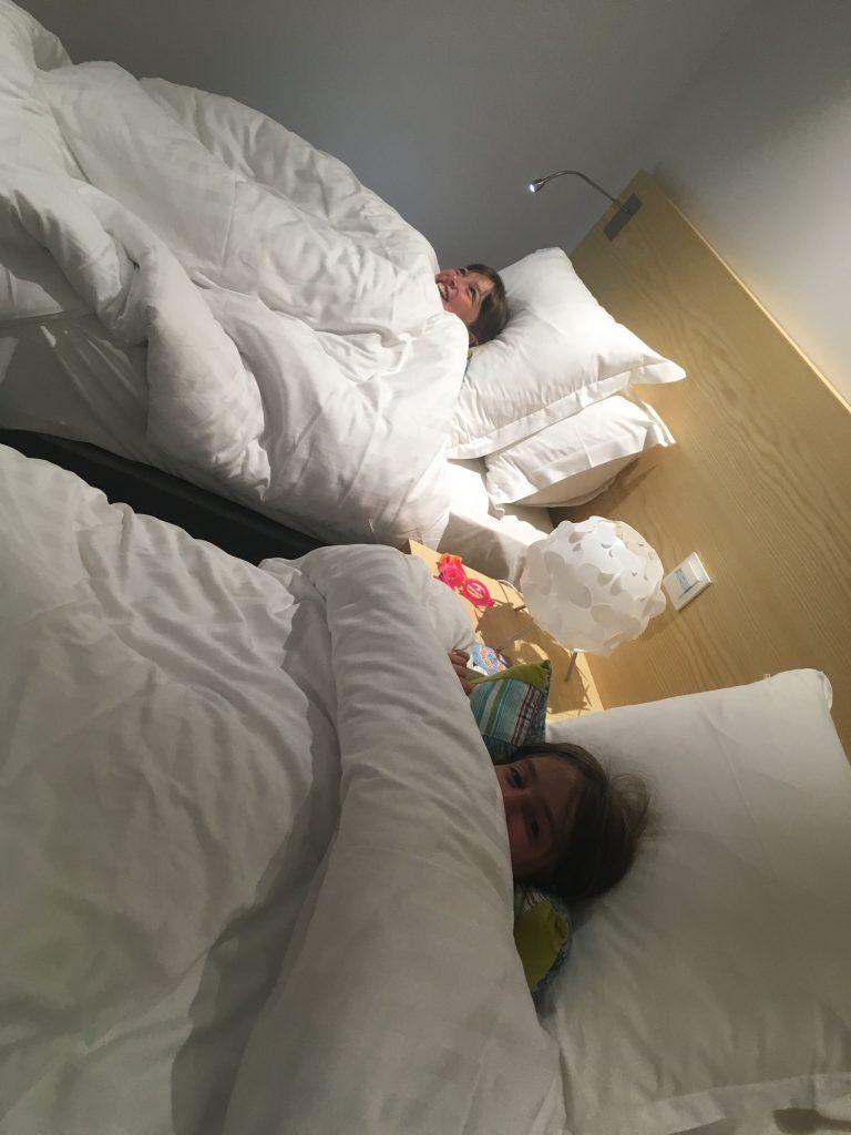 Aveyron en famille - une chambre qui rend les enfants heureux